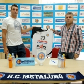 Metalurg signs another domestic player