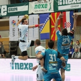 NEXE and Metalurg change positions