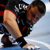 Vardar in problems – Stoilov with a broken palm