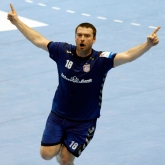 Meshkov keep their winning streak alive